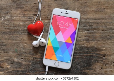Royalty Free Iphone Love Stock Images Photos Vectors