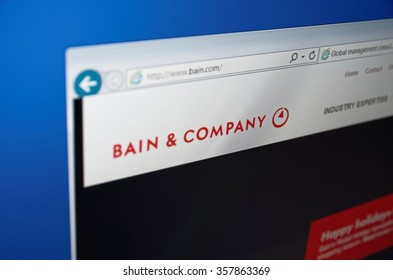 SARANSK, RUSSIA - JANUARY 03, 2016: A computer screen shows details of Bain & Company main page on its web site.