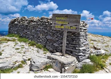 Sarikiz Tomb in Ida Mountain