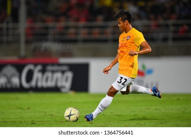 Saringkan Promsupa of SCG Muangthong United in action during The Football Thai League between Bangkok United and SCG Muangthong United at True Stadium on March 02,2019 in Pathum Thani, Thailand