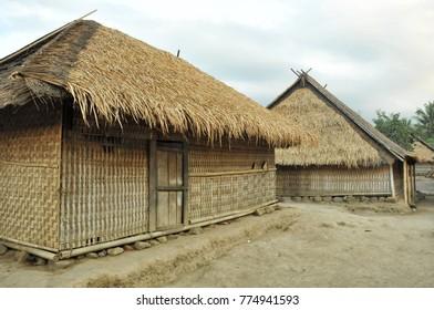 sasak traditional house