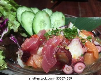 Sashimi salad with Thai dressing