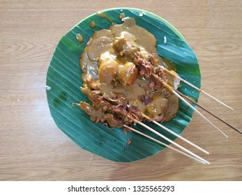Sate Padang is a speciality satay from Padang, West Sumatra, Indonesia