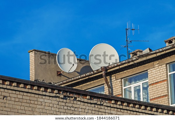 satellite-conventional-antennas-on-roof-