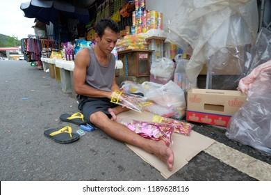 Satun, Thailand 20 September 2018 : Muslim Thai doing business activities at Malaysia's Wang Kelian to Thailand's Wang Prachan border.