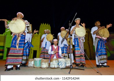 Saudi Arabian folklore performance in Al-Masmak on the celebrations of Eid Al-Fitr, on 10.25.2006, Riyadh, Saudi Arabia
