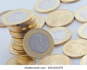 Saudi Riyal New and Halalas Coins showing King Salman of Saudi Arabia