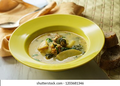 Sausage and kale zuppa toscana italian creamy soup