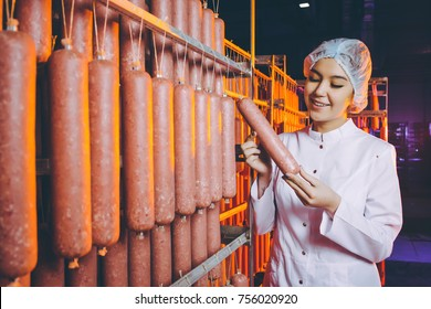 sausage meat factory production worker manufactre female