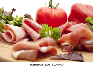 Sausage plate with tomato