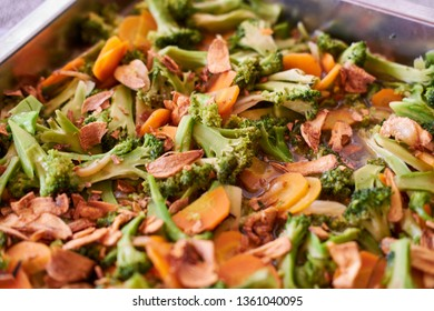 Sauted Broccoli with carot. Chinesse food vegetable style.