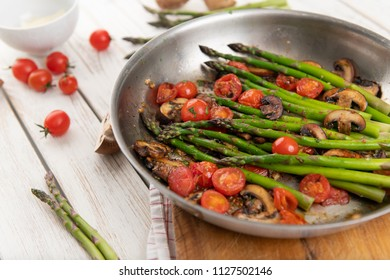 Sauteed Asparagus and Cherry Tomatoes for Dinner