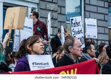 #SaveLord Protest, Edinburgh, Scotland, 21st May 2016 Protesters line up outside Scottish Public Services Ombudsman building to protest deportation of Lordapetsi McMensah