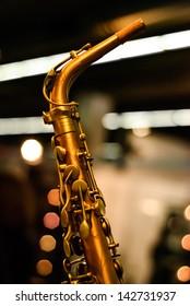 saxophone detail lights