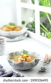 sayur sop khas indonesia, makanan sehat berbahan sayuran