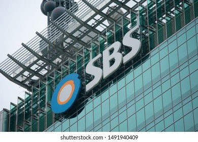 SBS Broadcasting Center is a high-rise building located in Mok-dong, Yangcheon-gu, Seoul, and the headquarters of SBS. (Seoul, Korea. Aug. 24, 2019)