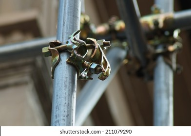 scaffolding clamps and safety