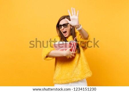 Scared woman in 3d