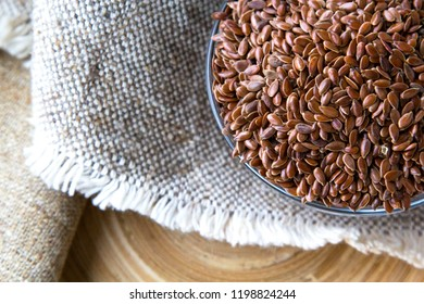 Scattered flax seeds