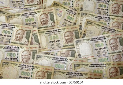 A scattering of 500 rupee notes