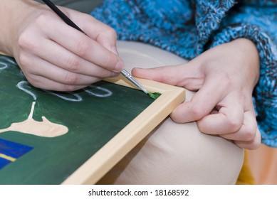 Scene painter - painting corecct (detail hands)