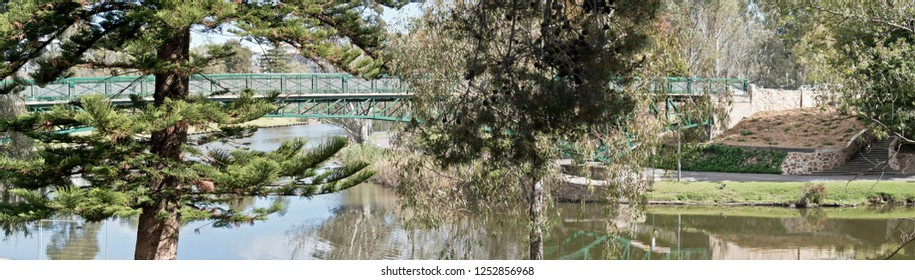 the scene is the Torrens river in Adelaide