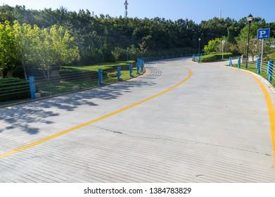 The scenery of Dalian Coastal Road in late Summer