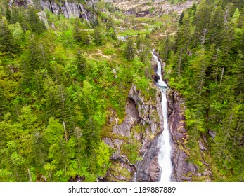 Scenic aerial view on the Ars waterfall from the GR10 trail in the Pyrenees