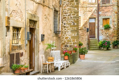 Scenic alley in Anghiari, in the Province of Arezzo, Tuscany, Italy.