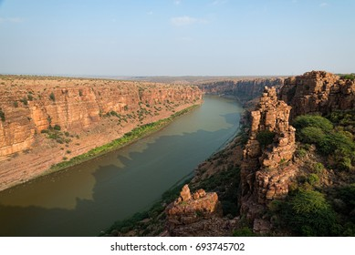 Scenic big canyon with high rock cliffs at Gandikota in India