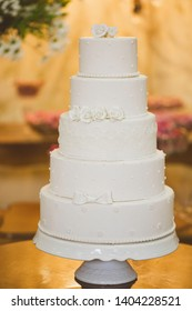 Scenic cake for wedding event.