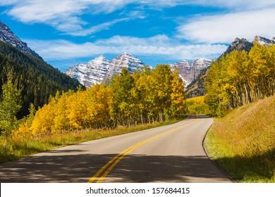 Scenic Drive to Maroon Bells in Autumn,Maroon Bells Wilderness, Aspen Colorado