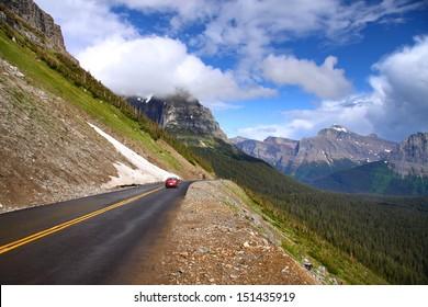 Scenic Going to sun road in Glacier national park