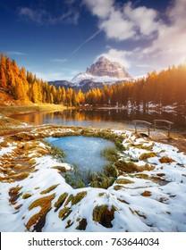 Scenic image of the lake Antorno in National Park Tre Cime di Lavaredo. Location Auronzo, Misurina, Dolomiti alps, South Tyrol, Italy, Europe. Great picture of wild area. Explore the beauty of earth.