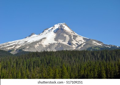 Scenic Mount Hood against blue sky in Oregon, USA