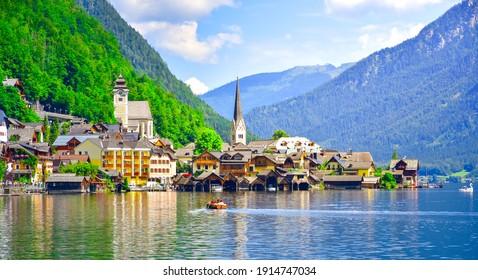 Panoramablick auf das berühmte Hallstatt Seedorama. Hallstatt Altstadt am Hallstatt See. Hallstatt, Salzkammergut, Österreich.
