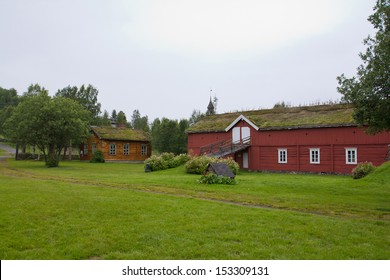 A scenic photo of old norwegian traditional barn