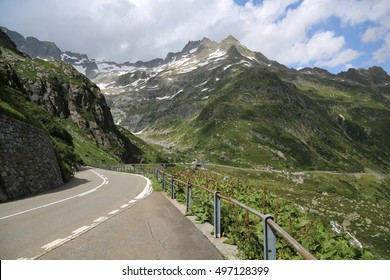 Scenic road in the mountains.