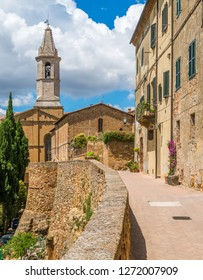 Scenic sight in Pienza with the Cathedral of Santa Maria Assunta, Province of Siena, Tuscany, Italy.