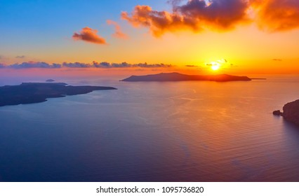 Scenic sundown in Santorini, Greece - Seascape
