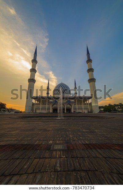Scenic sunset moment with beautiful mosque in background