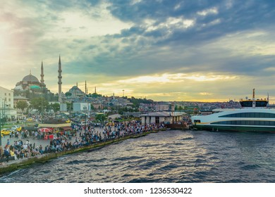 Scenic view of Eminonu pier and New Moskue (Yeni Cami), Istanbul, Turkey