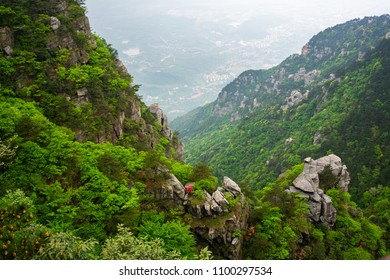 Scenic view of Lushan national park mountain in Jiangxi China with the city of Jiujiang in background