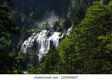 Scenic view on the Ars waterfall from the GR10 trail in the Pyrenees