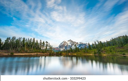 scenic view  reflection of mt Shuksan in picture lake,scenic view in Mt. Baker Snoqualmie National Forest Park,Washington,USA.