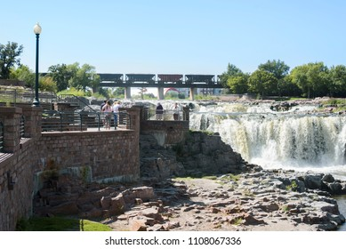 Scenic view of the waterfalls in Sioux Falls, South Dakota.