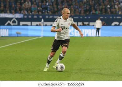 SCHALKE, GERMANY - SEP 21: Arjen Robben (FC Bayern) during a Bundesliga match between FC Schalke 04 & FC Bayern Munich, final score 0-4, on September 21, 2013, in Schalke, Germany.