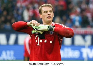 SCHALKE, GERMANY - SEP 21: Manuel Neuer (FC Bayern) during a Bundesliga match between FC Schalke 04 & FC Bayern Munich, final score 0-4, on September 21, 2013, in Schalke, Germany.