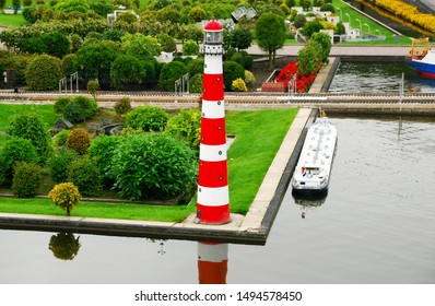 Scheveningen / Netherlands - August 08, 2010: Madurodam Miniature Park In Scheveningen. In Madurodam  park over 300 buildings of the Netherlands were reproduced on a scale of 1:25. The lighthouse