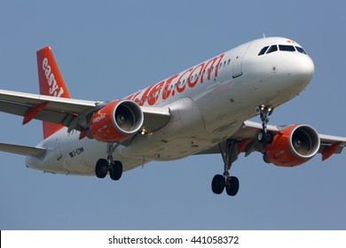 SCHIPHOL, AMSTERDAM, NETHERLANDS - APRIL 3, 2016: Easyjet airlines Airbus A320 landing at Schiphol international airport.